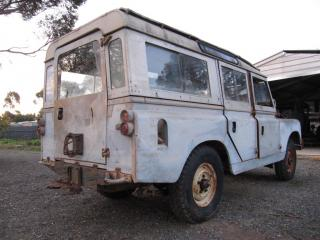 Landrover Series 2a 107 station wagon